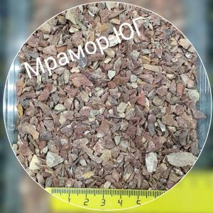 Розовая мраморная крошка фракция 3-5 мм
