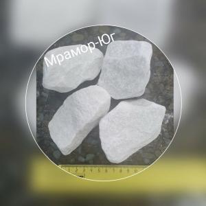 Мраморный щебень фракция 40-70 мм